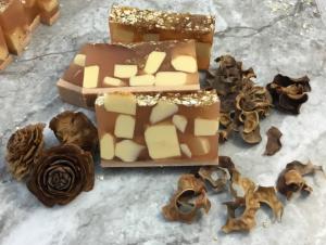 Oatmeal Apple Cinnamon Soap Recipe 12